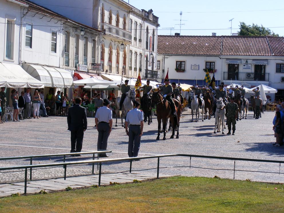 Município e Escola de Cavalaria organizaram homenagem a Mouzinho de Albuquerque