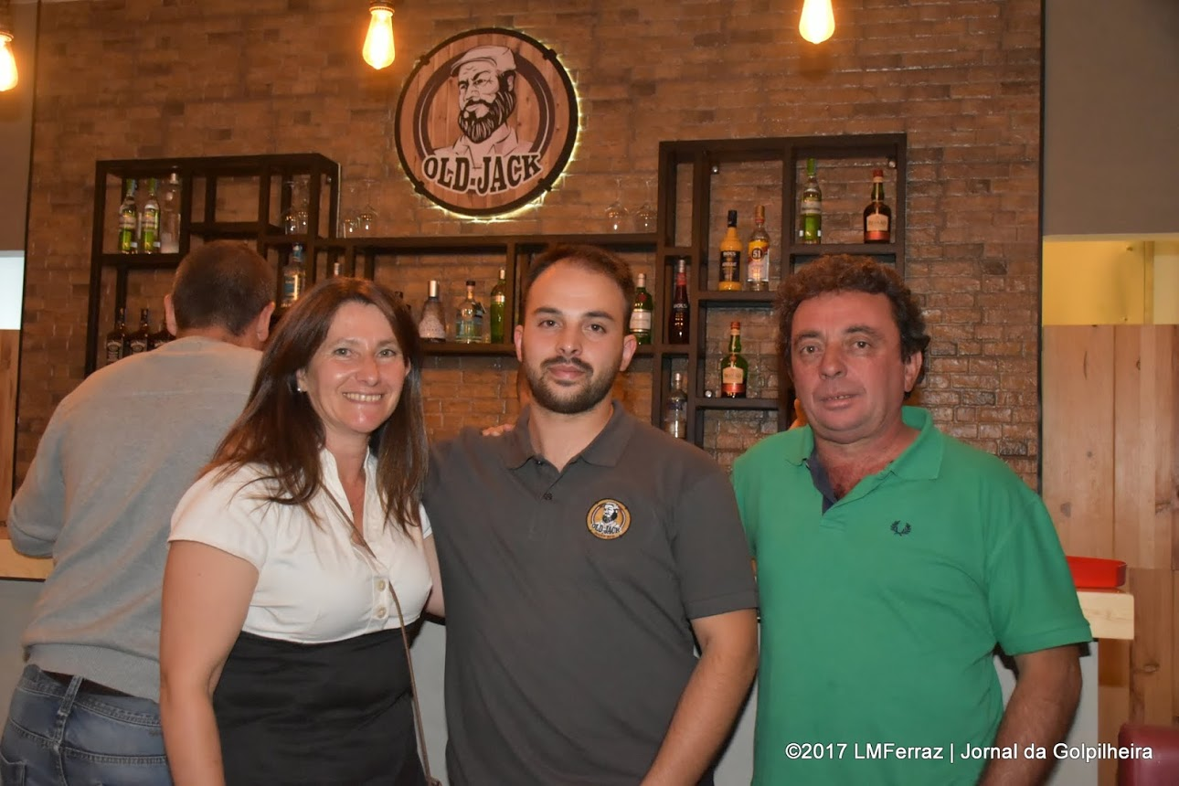 "Golpilheirense abre bar ""Old Jack"" na Batalha"